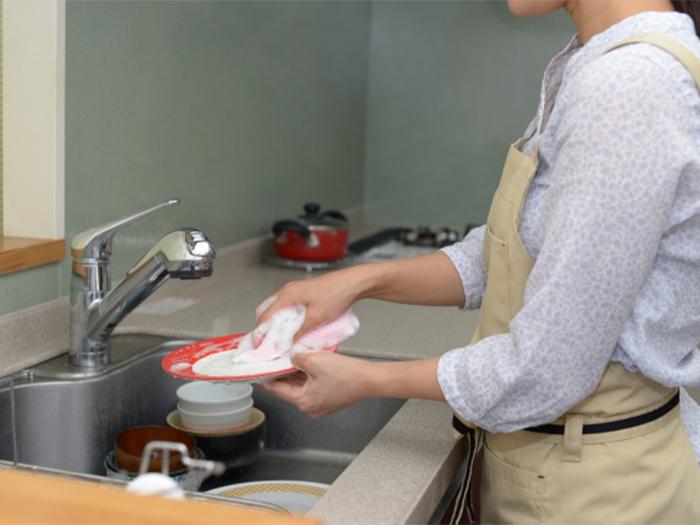 因為洗手液、去光水而造成指甲裂開、斷掉