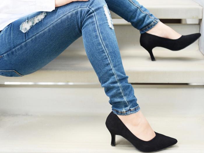 穿大小適合的鞋子來預防腳甲裂開、斷掉