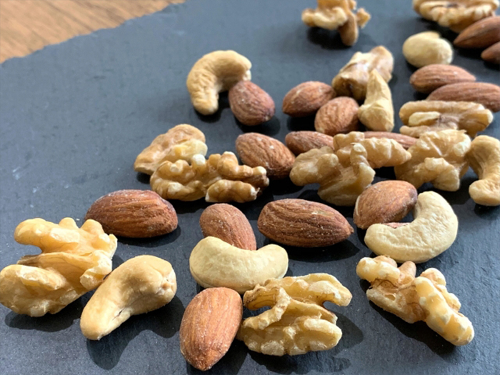 改善、預防白髮的食物和成分︰銅、豆類
