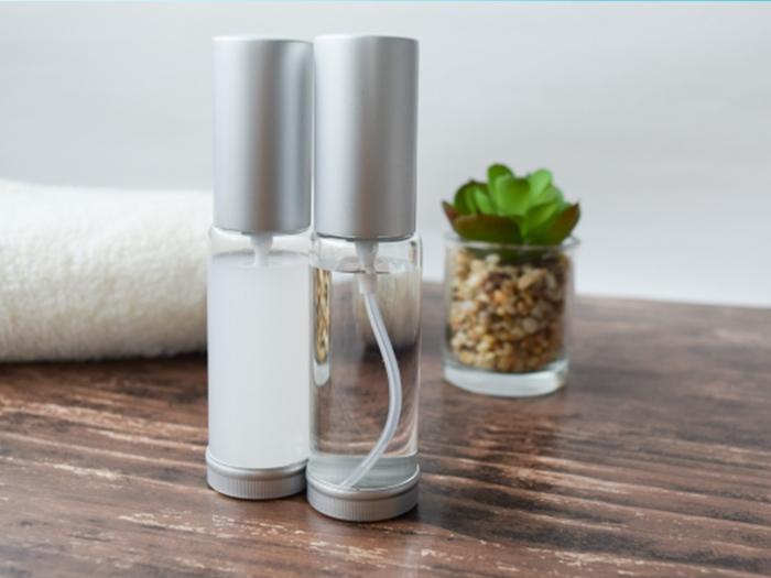「懶人保養法」的重點︰塗化妝水+乳霜