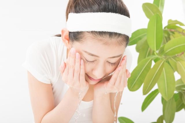 防止冬天皮膚乾燥的洗臉
