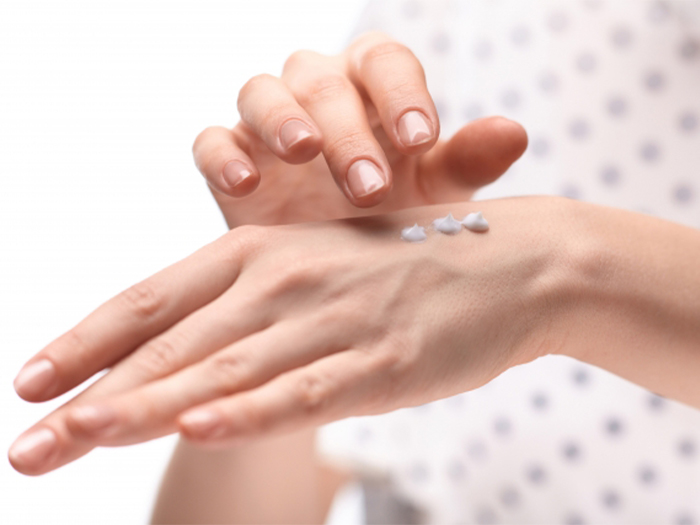 防止冬天皮膚乾燥的護手霜